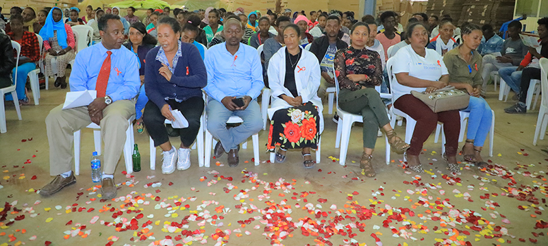 EHPEA COMMEMORATED THE WORLD AIDS DAY AT ETHIO-PASION FARM